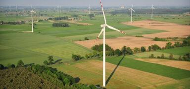 Lądowe elektrownie wiatrowe: znów będzie na nie w Polsce boom?
